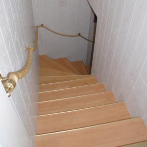 Treppenrenovierung Treppensanierung einer Kellertreppe nachher